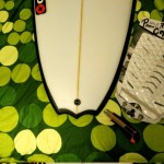 Poner el grip en la tabla de surf, materiales necesarios